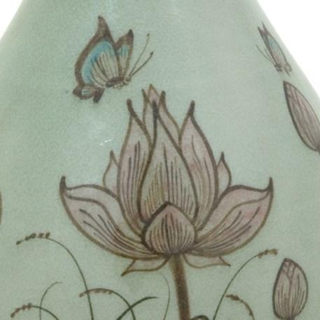 Detail Vaas Jade Lotus