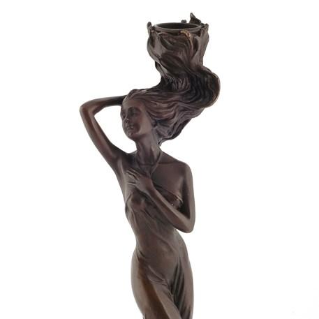 Achterzijde Kandelaar / Sculptuur De Overgave