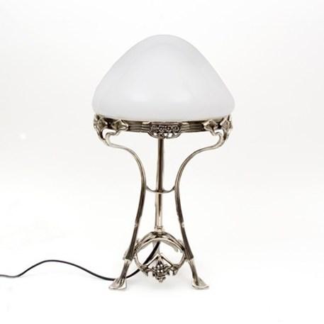Tafellamp Jugendstil met Opaline glaskap en nikkel armatuur