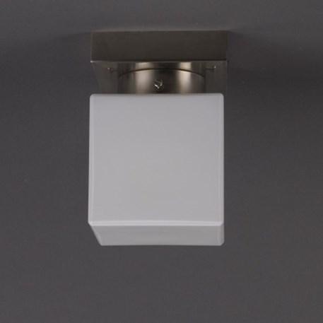 Plafonniere kubus met vierkant matnikkel armatuur