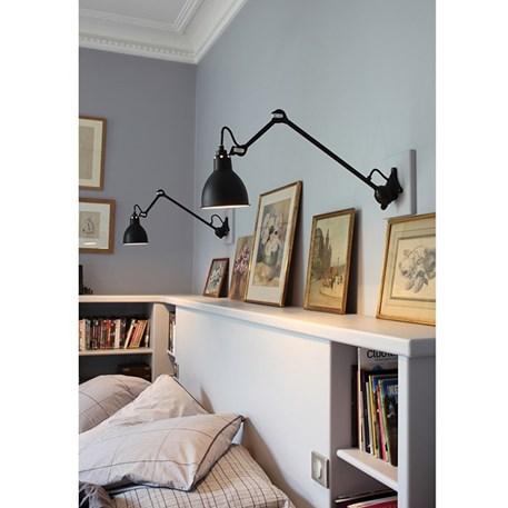 La Lampe Gras in de slaapkamer, hier uitgevoerd in satijnzwart