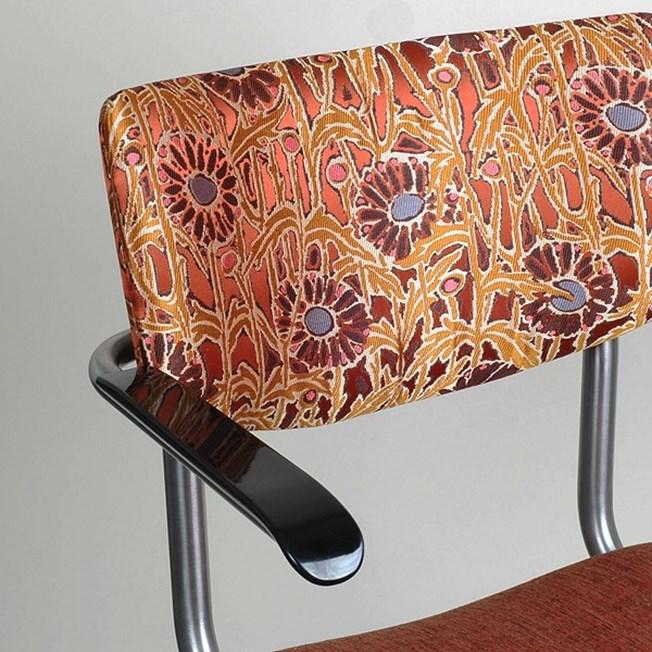 Detail RVS Buisstoel met Armleggers Lalique